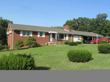 921 Woodland Rd, Rich Creek, VA 24147