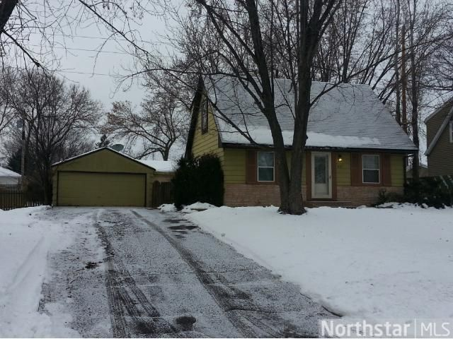 857 109th Ln NW Coon Rapids, MN 55448