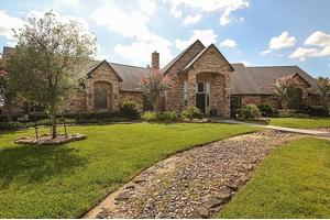 18407 Hopfe Rd, Hockley, TX 77447
