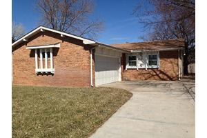 8606 W University St, Wichita, KS 67209