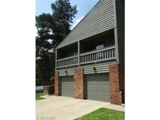 149 Kimrose Ln, Broadview Heights, OH 44147