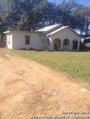 414 Oakhaven Rd, Pleasanton, TX 78064