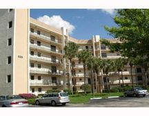 4640 Lucerne Lakes Blvd W Apt 103, Lake Worth, FL 33467