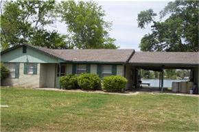 854 E Taylor Lake Cir, Livingston, TX