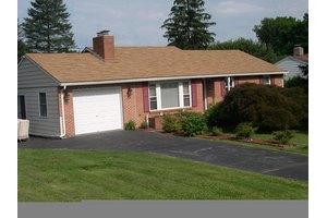 358 Abbeyville Rd, Lancaster, PA 17603