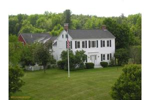 1 Alewive Farms Rd, Kennebunk, ME 04043