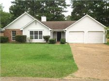 239 Turtle Creek Dr, Byram, MS 39272