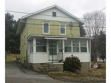 30 Fisher St, Green Commdre Prchse, PA 15729