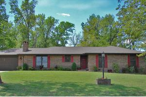 111 Baypoint Dr, Mountain Home, AR 72653