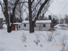 10095 John R St, Whitmore Lake, MI 48189