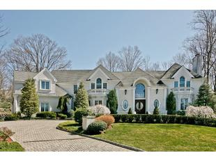 783 Santa Fe Trl, Franklin Lakes, NJ