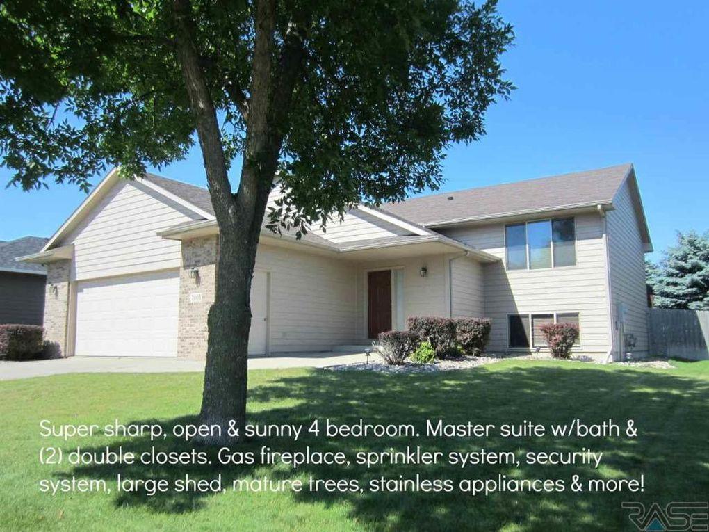 7005 S Hughes Ave, Sioux Falls, SD 57108