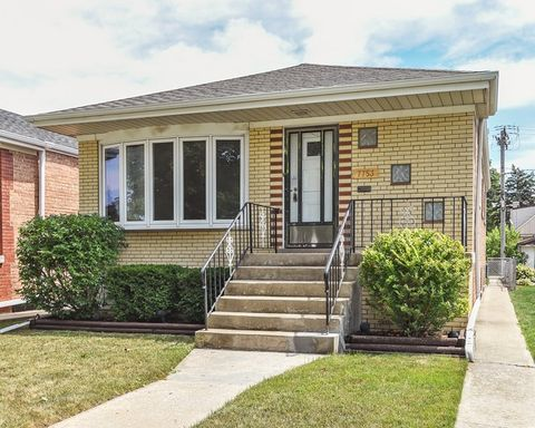 7753 Leclaire Ave, Oak Lawn, IL 60459