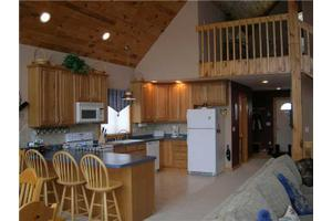6386 Northwood Dr, Ellicottville, NY