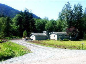 447 Pleasant Valley Rd, Mineral, WA