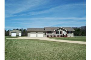 25032 Atwood Ave, Warrens, WI 54666