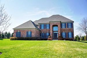 24600 Whispering Wheat, Cary, IL 60013
