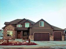 4 Long Dr, Rock Springs, WY 82901
