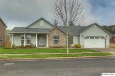 1511 Lakeview Dr, Silverton, OR 97381