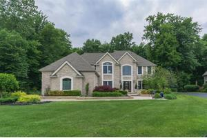 2034 Bay Hill Ct, Ann Arbor, MI 48108