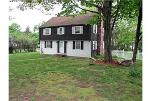 3 Meadow Ln, Manchester, CT 06040