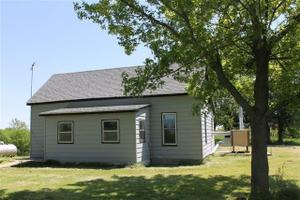 260 County Road 312, Glasgow, MO 65254