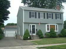20 Chidsey Ave, East Haven, CT 06512