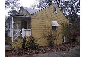 1292 Lorenzo Dr SW, Atlanta, GA 30310
