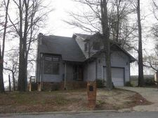 6 Esquire Ct, Greensboro, NC 27405