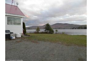 74 W Shore Dr, Strong, ME 04983