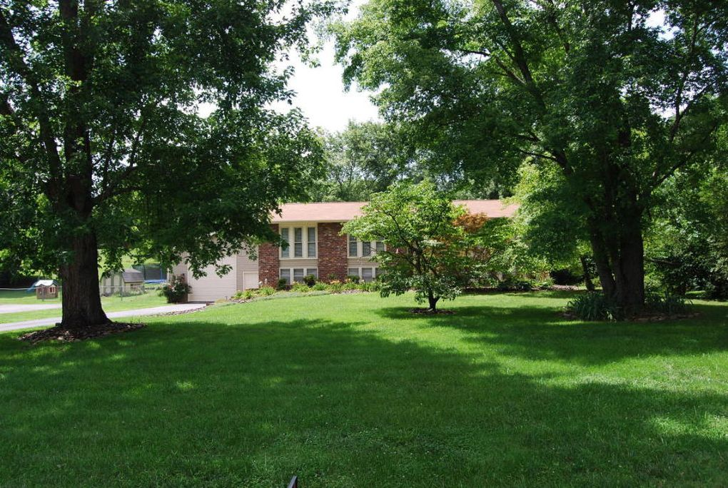 825 Kevin Rd, Knoxville, TN 37923