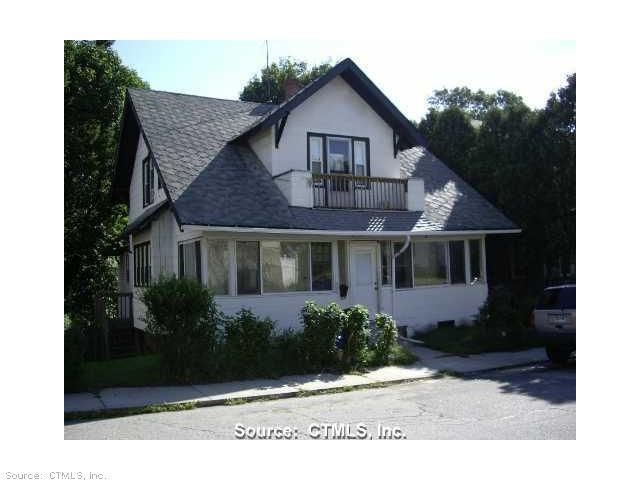 17 Bolles Ave, New London, CT 06320