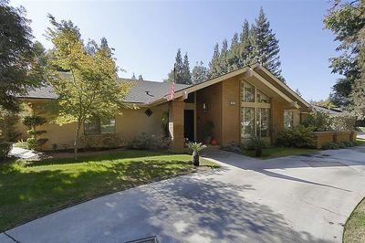 3865 W Locust Ave, Fresno, CA