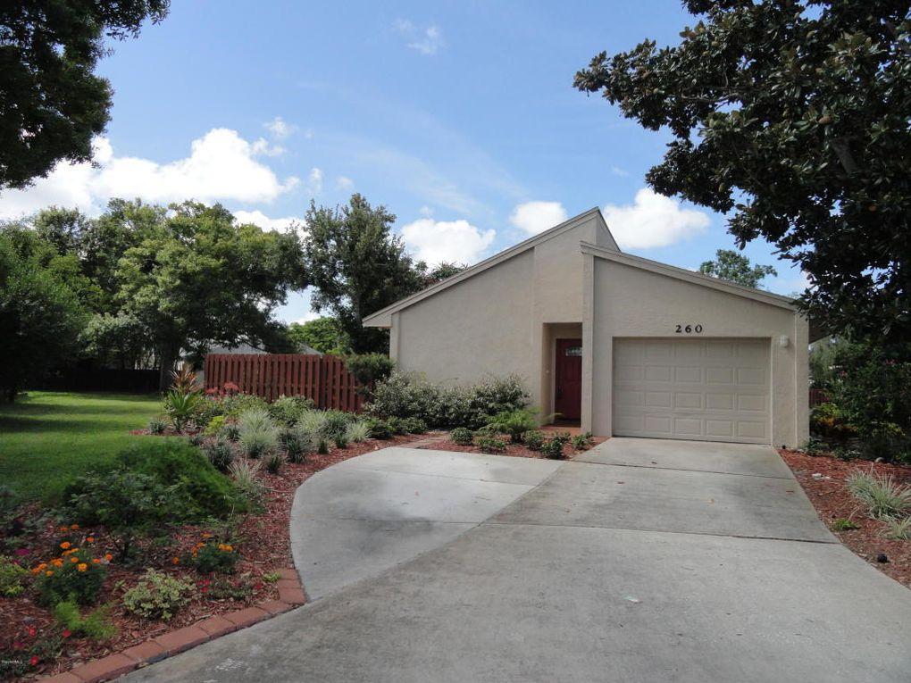260 Applewood Cir, Melbourne, FL 32940