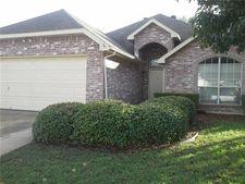236 W Glen Meadow Dr, Glenn Heights, TX 75154