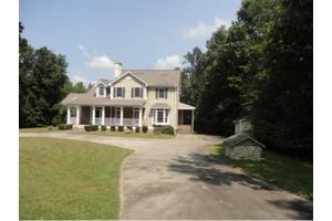1480 Watkins Rd, Burlington, NC 27215