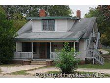 1304 Hillsboro St, Fayetteville, NC 28301
