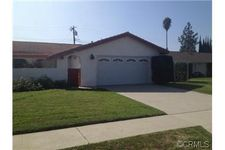 22285 De Berry St, Grand Terrace, CA 92313