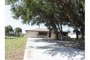 17373 Pheasant Cir, Port Charlotte, FL 33948
