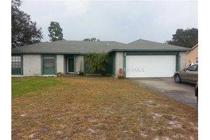 1632 Roble Ln, Deltona, FL 32738