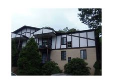 1017 Thornberry Dr, Ross Township, PA 15237