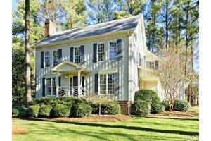 100 Sturbridge Rd, Raleigh, NC 27615