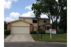 4564 Lindenwood Ln, Northbrook, IL 60062