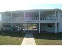1313 Beards Cove Dr, Gulfport, MS 39507