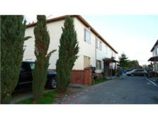 684 Oakside Ave, Redwood City, CA 94063
