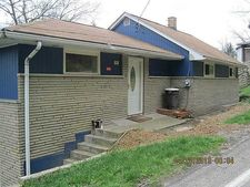 2219 Hill Rd, South Heights, PA 15081