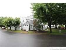 129 Country Pl, Shelton, CT 06484