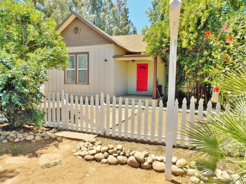 9832 River St Lakeside, CA 92040