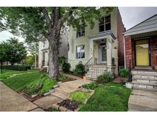 6416 Virginia Ave, St Louis, MO 63111