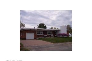 48 Cottage Rd, Millinocket, ME 04462